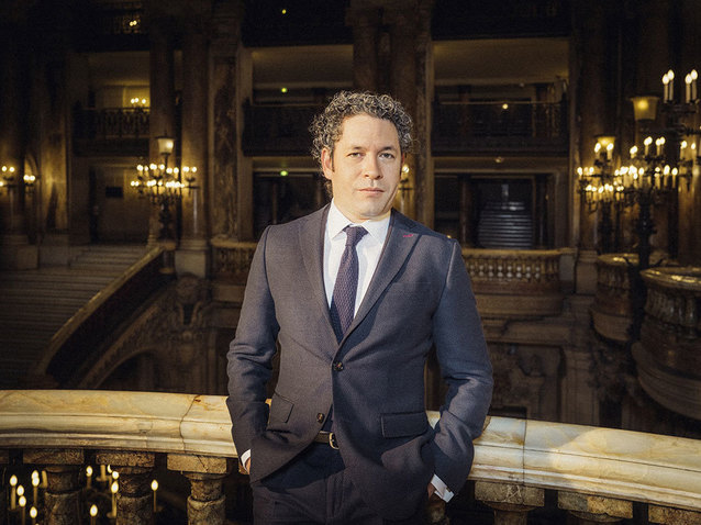 Xl_gustavo_dudamel-opera_national_paris-c-julien_mignot-onp2
