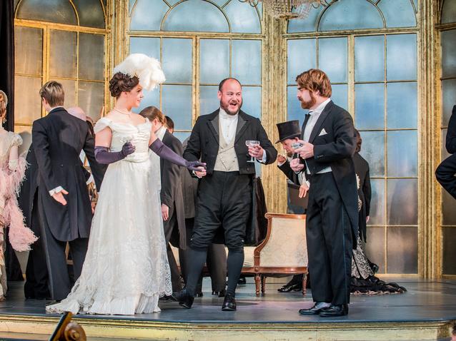 Holland Park Opera Junge Sanger Am Sprung In La Traviata Rubrik Opera Online Die Website Fur Opernliebhaber
