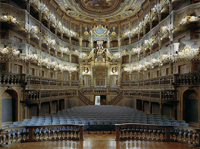 palais des festivals de bayreuth maison d op ra bayreuth allemagne opera online le site. Black Bedroom Furniture Sets. Home Design Ideas