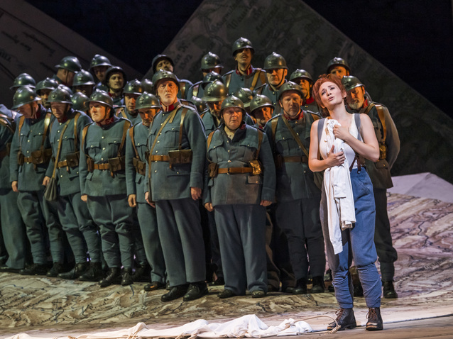 Xl_2209_sabine_devieilhe_as_maria_with_cast__c__roh_2019._photo_by_tristram_kenton